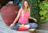 Votre séjour yoga, bains sonores et chant pour harmoniser vos chakras - voyages adékua