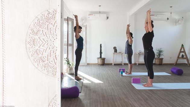 Vos cours de yoga pour pratiquer vos postures de yin, hatha ou asthanga