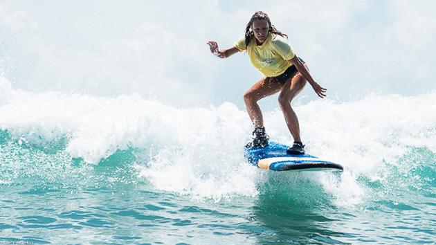 Profitez de cours de surf ou SUP pendant votre séjour en Indonésie