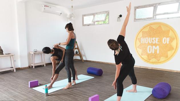 Profitez des cours de yoga pour enchaîner les postures et retrouver l'équilibre