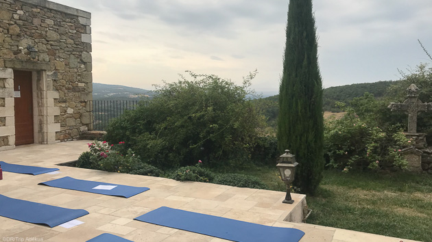 Profitez d'une retraite yoga et ayurvéda dans le Luberon pour vous ressourcer