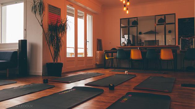 Des séances de yoga et méditation avec nos professeurs diplômés