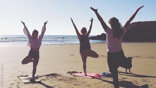 Une séance inoubliable de hata yoga sur la plage d'Imsouane
