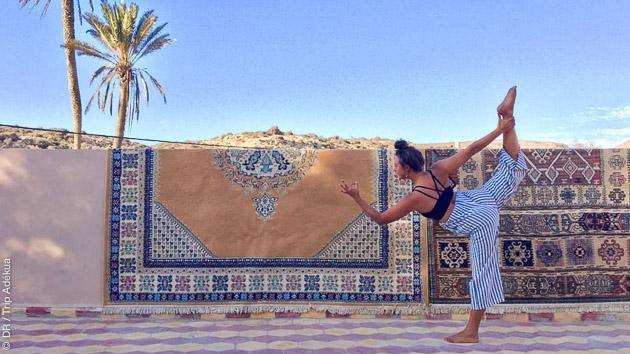 Une séance de yoga pariculière pour approfondir les postures pendant votre stage de yoga à Imsouane