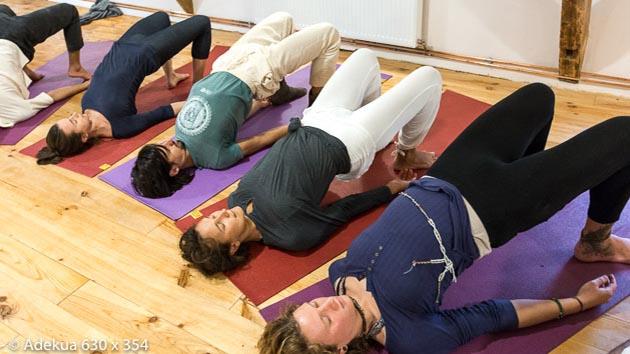 hatha yoga et méditation pour une retraite dans le Beaujolais