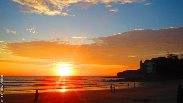 plsu belle plage pour un coucher de soleil en Equateur