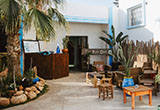 Un stage de yoga et surf sur les meilleurs spots du Maroc - voyages adékua